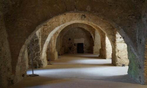 Zdjecie HISZPANIA / Katalonia / Monastyr Sant Pere de Rodes / Podziemia monas