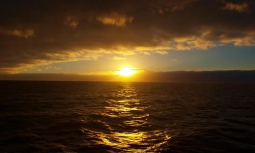 Zdjęcie HISZPANIA / Wyspy Kanaryjskie / La Gomera / wschód słońca