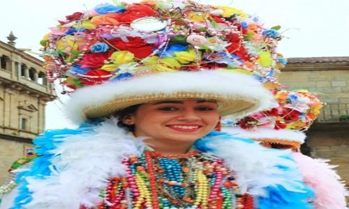 Zdjęcie HISZPANIA / A Coruña / Santiago de Compostela, Fiesta del Apostol Santiago / Uśmiech