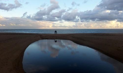 HISZPANIA / Katalonia / Lloret de Mar - Fenals / Wieczorem, po deszczu