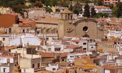 HISZPANIA / Katalonia / Tossa de Mar / Nowy ko�ci� �w. Wincentego