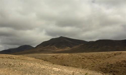 Zdjecie HISZPANIA / Lanzarote / okolice Playa Blanca  / uśpione wulkany