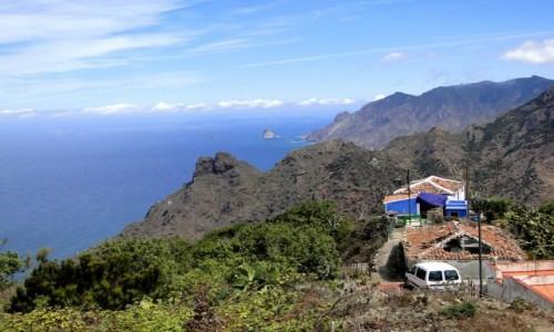 HISZPANIA / Wyspy Kanaryjskie, Teneryfa / Taborno, góry Anaga. / Mała wioska wysoko w górach.