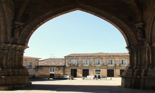 Zdjęcie HISZPANIA / Galicja. / Tui / W bramie katedry