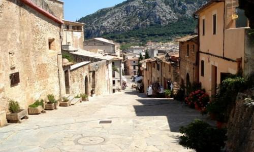 HISZPANIA / Baleary, Majorka / Pollenca / Z serii: lato na Majorce.