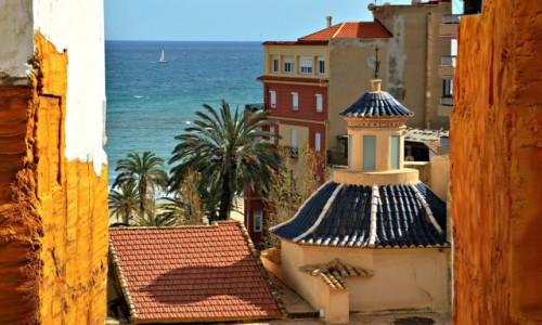 Zdjecie HISZPANIA / Costa Blanca / Alicante / Na kolorowym dachu
