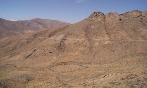 Zdjęcie HISZPANIA / Fuerteventura / Betancuria / Droga przez pustynne góry