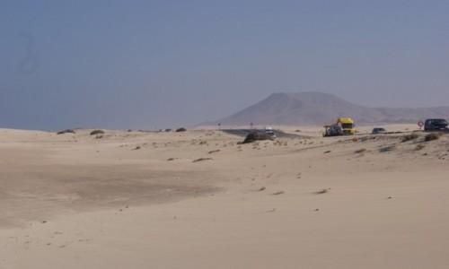 Zdjęcie HISZPANIA / Fuerteventura / Corralejo / Przez pustynię w Corralejo