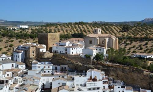 HISZPANIA / Andaluzja / Setenil de las Bodegas / Setenil de las Bodegas