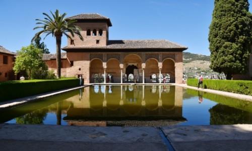 Zdjęcie HISZPANIA / Andaluzja / Grenada  /  Palacio del Partal w Alhabrze