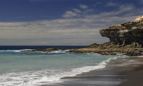 Zdjecie HISZPANIA / Wyspy Kanaryjskie - Fuerteventura / okolice wioski Ayuj / wulkaniczne plaże