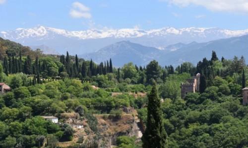 Zdjęcie HISZPANIA / Andaluzja / Grenada / Widok na Sierra Nevada