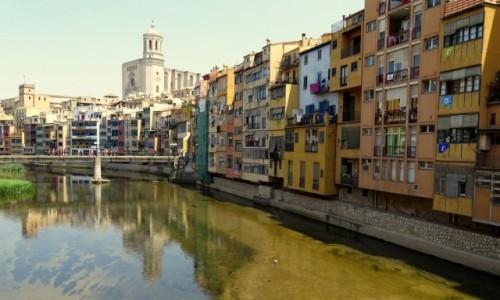 Zdjecie HISZPANIA / Katalonia / Girona / Pastelowy misz-masz