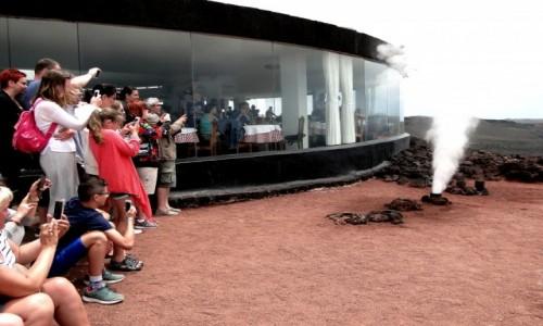 HISZPANIA / Wyspy Kanaryjskie / Lanzarote, Park Narodowy Timanfaya. / Na Wzgórzu Hilarego.