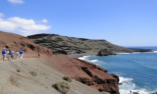 HISZPANIA / Wyspy Kanaryjskie / Lanzarote / El Golfo - droga do punktu widokowego.