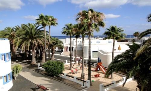 HISZPANIA / Wyspy Kanaryjskie / Lanzarote / Wspomnienie z Lanzarote - widok z okna