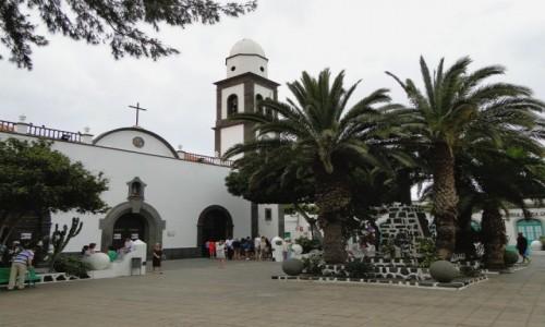 HISZPANIA / Wyspy Kanaryjskie / Lanzarote / Wspomnienie z Lanzarote - kościół w Arrecife
