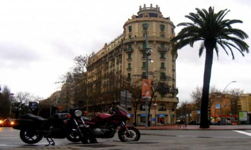 Zdjęcie HISZPANIA / Katalonia / Barcelona / Skutery