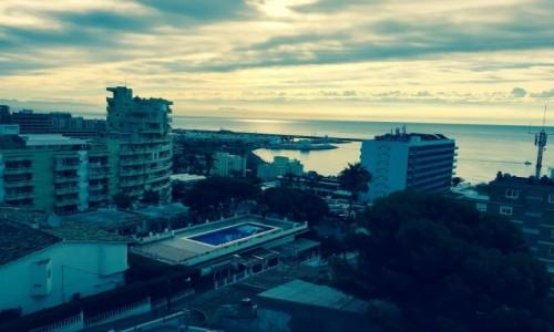 Zdjęcie HISZPANIA / Costa Del Sol / Benalmadena  / Panorama miasta