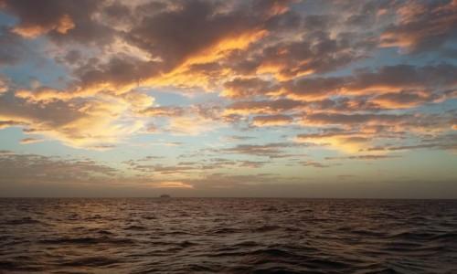 Zdjęcie HISZPANIA / -Wyspy Kanaryjskie / Morze / Niebo