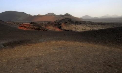 Zdjecie HISZPANIA / Lanzarote / Park Timanfaya / Podróż na Marsa