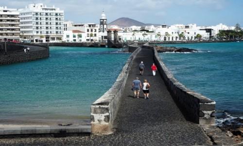 Zdjęcie HISZPANIA / Wyspy Kanaryjskie / Lanzarote / Spacerując po Arrecife