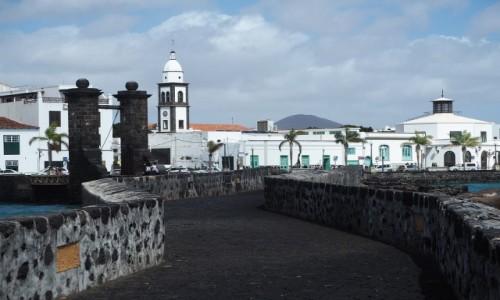 Zdjecie HISZPANIA / Wyspy Kanaryjskie / Lanzarote / Spacerując po Arrecife