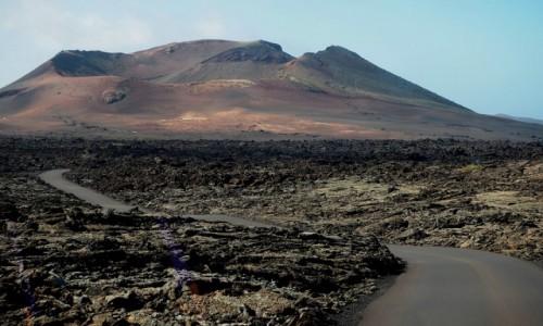 Zdjecie HISZPANIA / Wyspy Kanaryjskie / Lanzarote / W Parku Narodowym Timanfaya