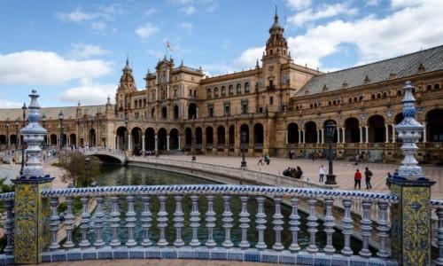 Zdjęcie HISZPANIA / Andaluzja / Sevilla / rzeczka...