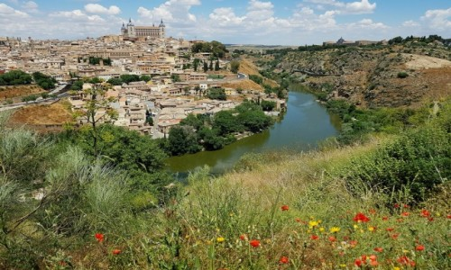 HISZPANIA / Kastylia-La Mancha / Toledo / Wstęgą Tagu opasane