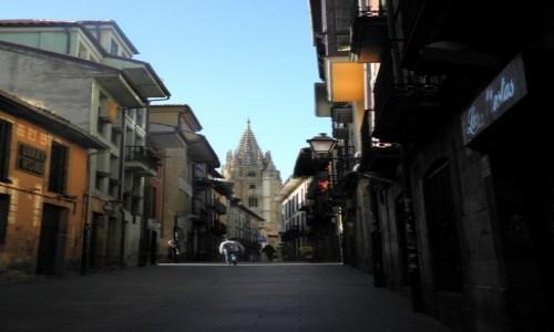 Zdjecie HISZPANIA / Asturia / Oviedo / wąskie uliczki Oviedo