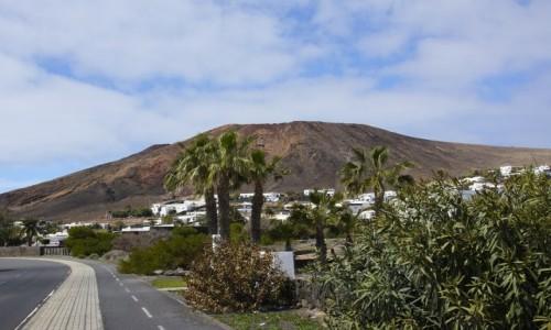 Zdjecie HISZPANIA / Wyspy Kanaryjskie / Lanzarote - Playa Blanca / droga do Montana Roja