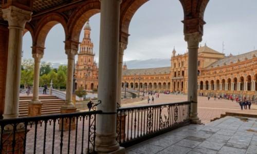 Zdjęcie HISZPANIA / Andaluzja / Sewilla / Po arkadami