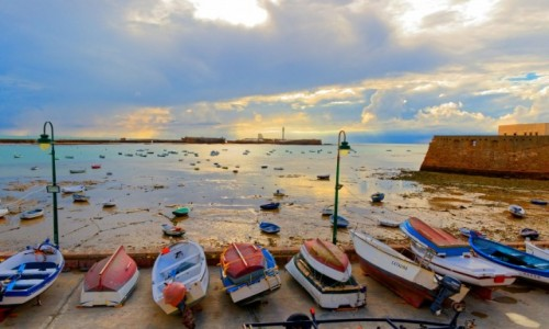 Zdjecie HISZPANIA / Andaluzja / Kadyks / Fisher boat