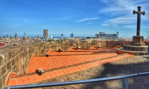 Zdjecie HISZPANIA / - / Barcelona / Na dachu katedry w Barcelonie