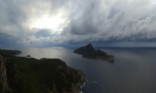 Zdjecie HISZPANIA / Majorka / La Trapa / Majorka - widok z La Trapa na Dragonerę z wodnym tornado w tle