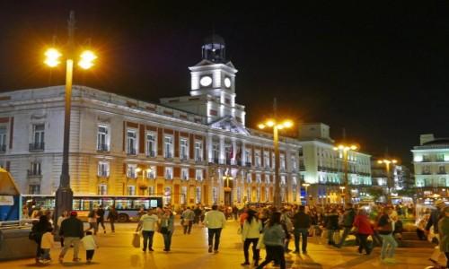 Zdjecie HISZPANIA / Comunidad de Madrid / Madryt / Puerta Del Sol nocą
