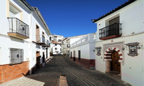 HISZPANIA / Andaluzja / Setenil de Las Bodegas / Uliczka