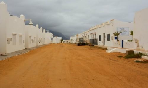 HISZPANIA / La Graciosa - Wyspy Kanaryjskie / Caleta del Sebo / miasteczko duchów