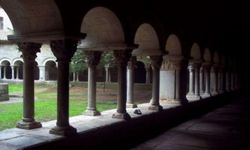 Zdjecie HISZPANIA / Katalonia / Girona / Krużganek