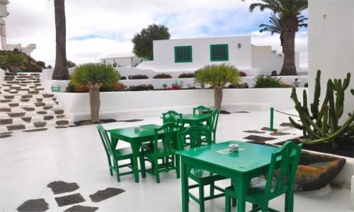 Zdjecie HISZPANIA / Wyspy Kanaryjskie / Lanzarote / Zapraszam do zielonego stolika