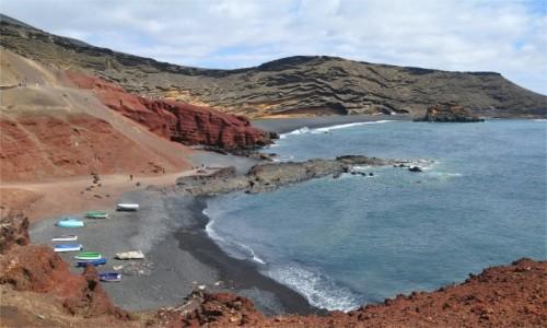 Zdjecie HISZPANIA / Wyspy Kanaryjskie / Lanzarote / Wybrzeże w pobliżu El Golfo
