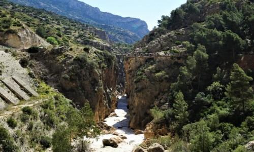 HISZPANIA / Andaluzja  / Caminito del Rey / Nad przepaścią