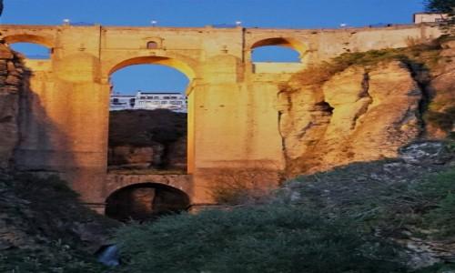 Zdjęcie HISZPANIA / Andaluzja / Ronda / Słońcem złocony