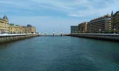Zdjęcie HISZPANIA / Kraj Basków / San Sebastian / Nad rzeką Urumea