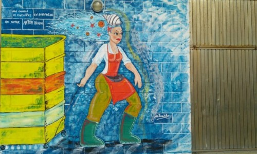 HISZPANIA / Galicja / Muxia - portowe mury / Rybaczka