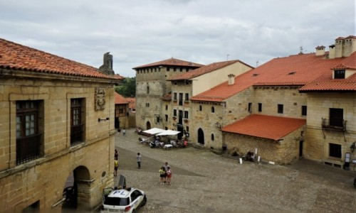 Zdjęcie HISZPANIA / Cantabria / . / Santilliana del Mar