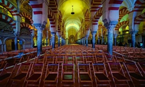 HISZPANIA / Andaluzja / Kordoba - Wielki Meczet / Przed uroczystością
