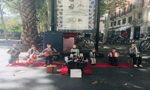 Zdjecie HISZPANIA / Sevilla  / Sevilla  / Kukiełki uliczne w Sewilli