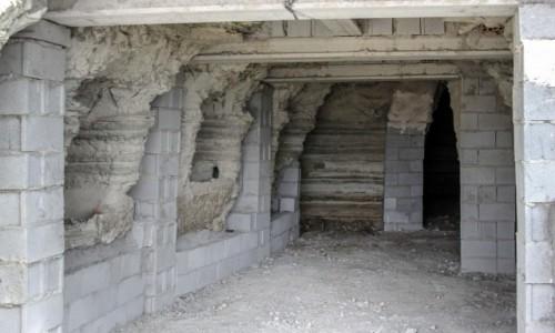 Zdjecie HISZPANIA / Andaluzja, Almería / gdzieś po drodze / Jak się buduje domki w skale